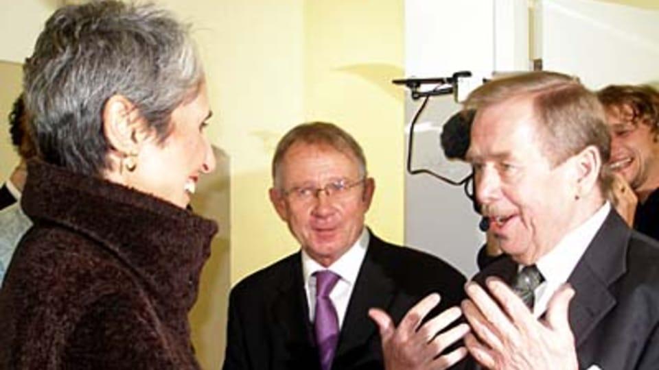 Joan Baez,  Oldřich Černý,  Václav Havel