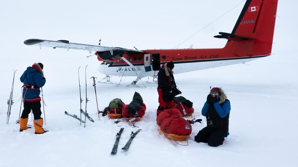 Start of skiink to South Pole,  photo: Archive of Zdeněk Chvoj