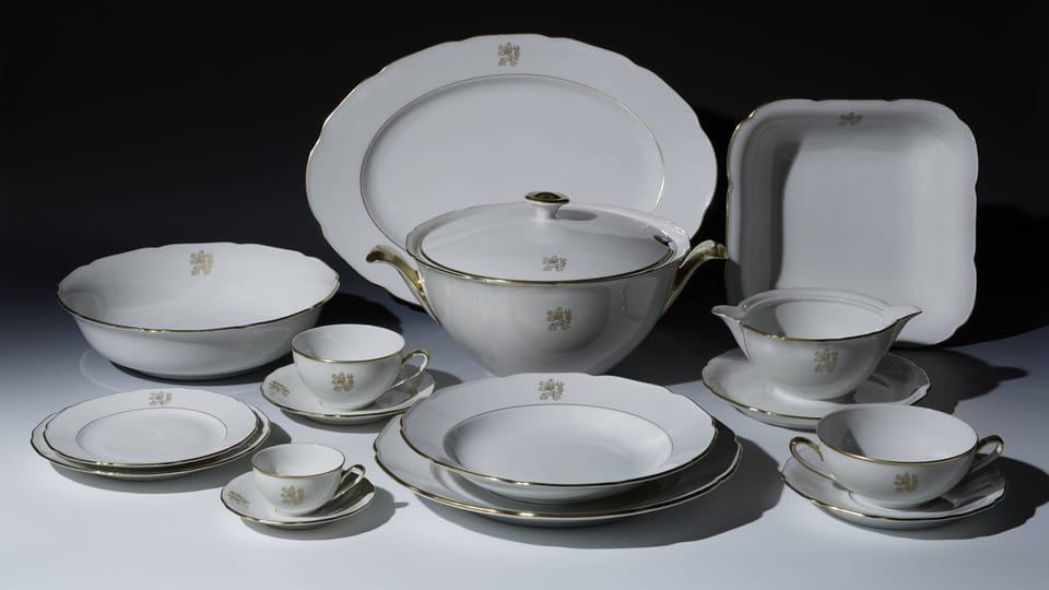 A selection from Edvard Beneš's dining set,  1930s,  photo: © Prague Castle collection,  Lány chateau,  Jan Gloc
