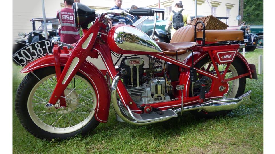 Jawa 350 SV motorcycle – a pre-war motorcycle of the successful Jawa brand,  manufactured since 1934,  photo: Czech Radio - Radio Prague International