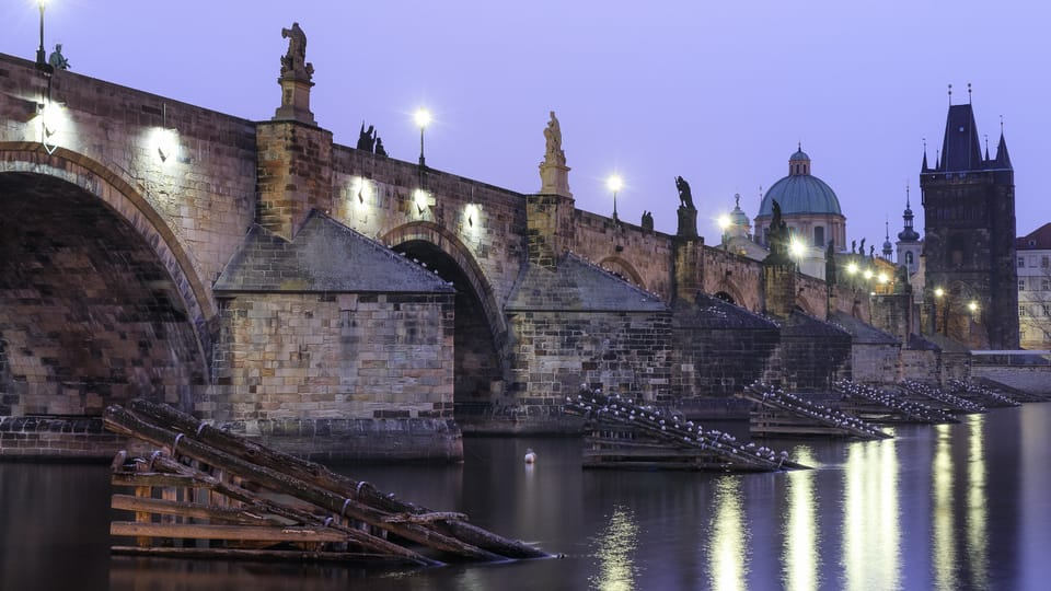 Charles Bridge,  photo: Karel Macalik,  Flickr,  CC BY 2.0