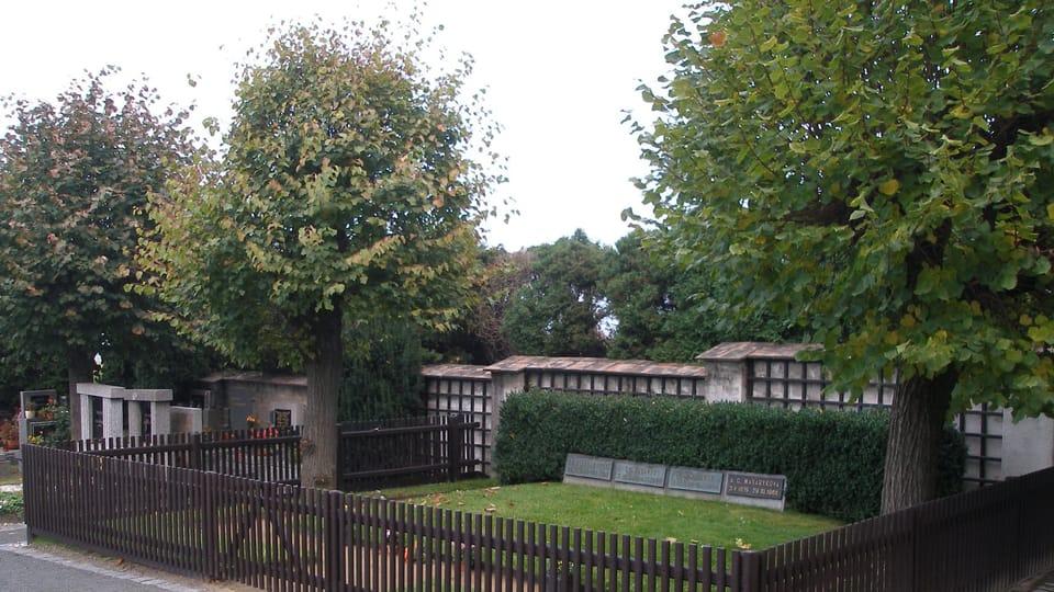 Grave of Tomáš Garrigue Masaryk at Lány chateau,  photo: Jan Polák,  CC BY-SA 3.0