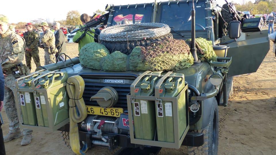 Land Rover Defender,  photo: Klára Stejskalová