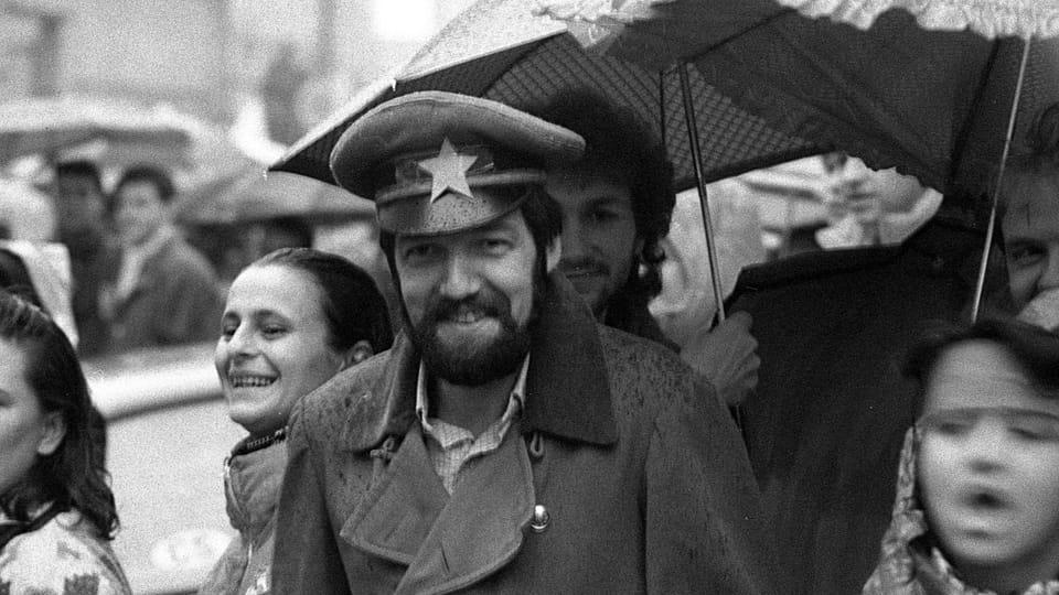 Student demonstrations in Olomouc were merry affairs satirizing symbols of communism,  photo: Michal Štosel