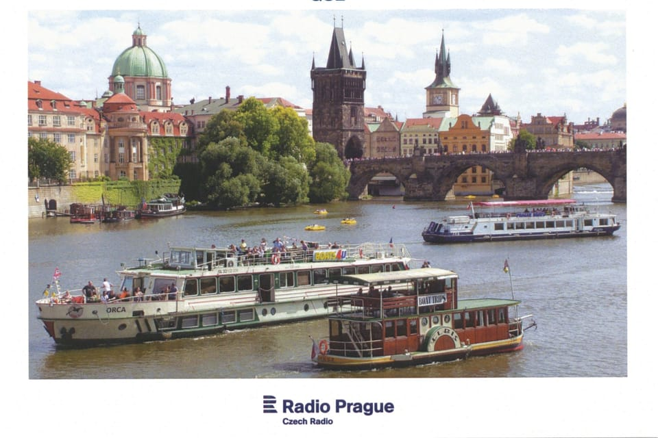 Cruise steamboats on Vltava in central Prague,  photo: Miloš Ruml,  ČTK